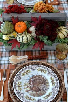 Create a Rustic Harvest Centerpiece for Your Thanksgiving Table | Thanksgiving Centerpieces and Thanksgiving table & Create a Rustic Harvest Centerpiece for Your Thanksgiving Table ...