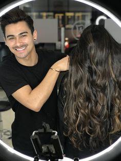 Caramel balayage #caramel #caramelbalayage #caramelhighlights #beauty #beautyblogger #haircolor #caramelhighlights #girls #brunette #brunettehair #cabeloslongos #cabelosdivos #cabelosdivos #caramelo #modafeminina #moda #model #style #fashion
