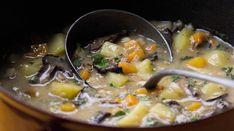 Bramborová polévka se sušenými houbami Cheeseburger Chowder, Food, Essen, Meals, Yemek, Eten