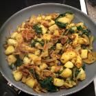Recipe photo: Saag aloo side dish