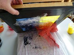Deconstructed screen printing tutorial - there are several sequential posts and this is the first. Thank you, Beth Berman!!!! (check out her blog and website, also)