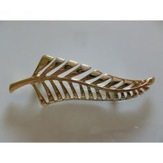 Vintage Gold Tone Cut Leaf Brooch, Glossy Leaf Design Pin, Costume... ($15) ❤ liked on Polyvore featuring jewelry, brooches, vintage costume jewelry, vintage costume jewelry brooches, vintage jewelry, leaf brooch and vintage pins brooches