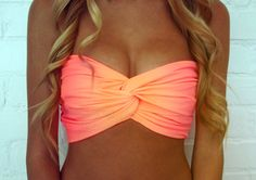 would love this bikini top even more if it had straps - my girls just can't pull that off as well w/o a little extra support!