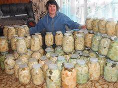 Наверное трудно найти такого человека, который не любит соленых или маринованных грибов.. Многие  хозяйки для заготовки грибов на зиму выбирают именно грузди, и это  совершенно не удивительно, так ка…
