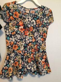 Orange Floral Peplum Shirt    [url]: http://www.vinted.com/sh/clothes/16765250-orange-floral-peplum-shirt