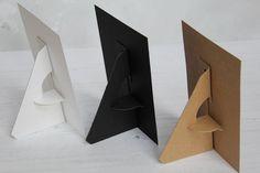 Easel Back Sign Holder - Photo Display - Table Top Easel - Table Number Holder - Reception Sign Holder - Display Easel - Package of 5 Diy Gift Box, Diy Box, Paper Collage Art, Paper Art, Diy Easel, Display Easel, Paper Crafts Origami, Newspaper Crafts, Diy Cardboard