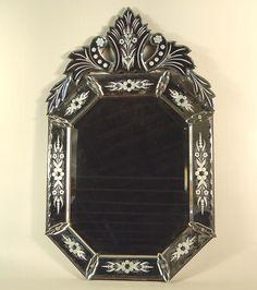 Miroir v nitien du 19e si cle miroirs anciens for Prix miroir ancien