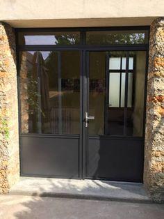 Photothèque des réalisations WILCO                                                                                                                                                                                 More Door Design, Windows And Doors, Garage Studio, Garage Doors, Home Remodeling, Crittal Doors, Entrance Porch, Metal Door, Loft Style