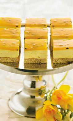 Valkosuklaa-passioleivokset | Maku Finnish Recipes, Just Eat It, Easter Recipes, Desert Recipes, Yummy Snacks, No Bake Cake, Food Inspiration, Creme, Cake Recipes