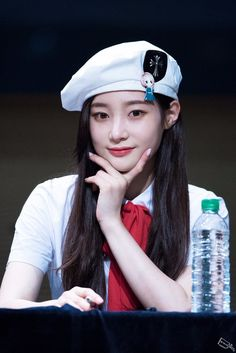 Find images and videos about produce ioi and DIA on We Heart It - the app to get lost in what you love. South Korean Girls, Korean Girl Groups, Jung Chaeyeon, Kim Doyeon, Ioi, Pale Skin, Ulzzang Girl, Korean Singer, Girl Crushes