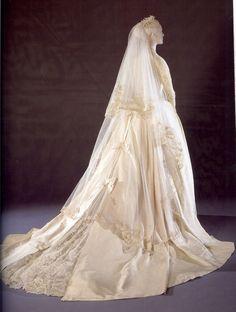 Grace Kelly - The Bride
