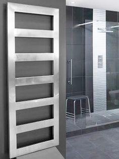 KRÓM TÖRÖLKÖZŐSZÁRÍTÓ: HIMALAYA törölközőszárító radiátor   Senia Group Main Door Design, Towel Warmer, Bathroom Shelves, Unique Furniture, Radiators, Bathroom Accessories, Shelving, Doors, Modern