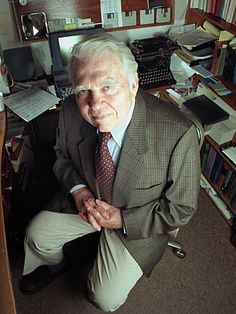 Why wedding planning brings out my inner Andy Rooney | Offbeat Bride