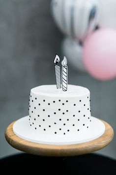 Black and White minimalist cake Pretty Birthday Cakes, Pretty Cakes, Beautiful Cakes, Bolo Cake, Un Cake, Just Cakes, Cakes And More, Mini Cakes, Cupcake Cakes