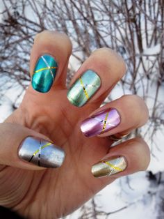 Rakkaus Kynsiin: 31 Days Challenge, Day 8: METALLIC nails