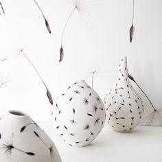Dandelion dreaming.☁️ #porcelain #porcelain #painted #seeds