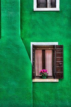 Windows in Burano, Italy www.hawaiiislandrecovery.com