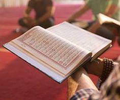 Learn Quran Academy is a platform where to Read Online Tafseer with Tajweed in USA. Best Online tutor are available for your kids to teach Quran on skype. Quran Wallpaper, Islamic Wallpaper, Alhamdulillah, Hadith, Al Quran Al Karim, Quran Tafseer, Holy Quran, Online Quran, Jumma Mubarak Images