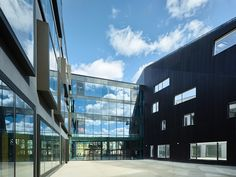 Gallery of Ecole Nationale Superieure d'Art / Dietrich | Untertrifaller Architekten - 5