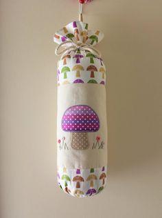 "Armazenamento saco de plástico saco Titular Transportadora Titular Dispenser Sacos de mantimento Tidy Tecido Handmade ""Mushrooms"""