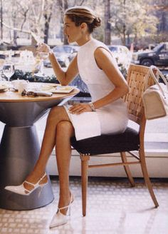 white shift- Carolyn Murphy Love that dress.