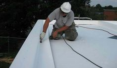 your flat roof starting to leak again? The truth is that most flat roofs are designed in such a way that leaks are a frequent and common problem, even if routine maintenance is preformed. Roofing Services, Roofing Systems, Roofing Contractors, Roofing Companies, Pvc Roofing, Roofing Shingles, Steel Roofing, Flat Roof Materials, Roofing Materials
