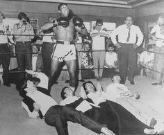 Ali vs Beatles