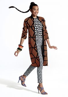 Lucy Ramos mostra como combinar estampas de diferentes estilos e cores sem errar