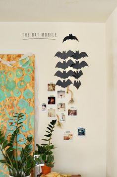 Punny #DIY party decor: a bat mobile.