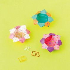 折り紙のやっこさんから作る花の小箱の折り方(おりがみ) | ぬくもり #おりがみ #折り紙 #やっこ #花 #箱 #小箱 #かわいい #整理整頓 #手作り #作り方 #ハンドメイド #手芸 #NUKUMORE