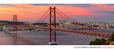 Espetacularidade.   25 Abril Bridge Lisbon