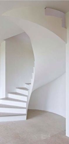 Sculptural design needs no color. Minimal Architecture, Beautiful Architecture, Architecture Details, Interior Architecture, Stairs And Staircase, Spiral Staircases, Staircase Design, Interior Design Resources, Home Interior Design