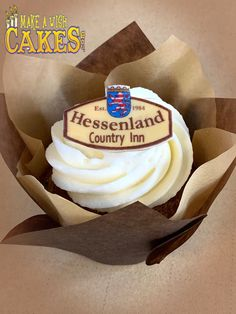 Spreading a little love ❤️ And enjoying Delicious Take-out 😋 Make A Wish, Custom Cakes, Yummy Cakes, How To Make Cake, Cake Decorating, Special Occasion, Birthdays, Cupcakes, Treats