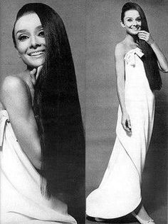 Givenchy's silver and mauve lame gown shows off Audrey's lithe form to perfection, photo by William Klein, Vogue US, Aug. 1966 ҳ̸Ҳ̸ҳ