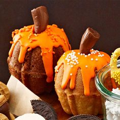Pumpkin Cakes - FamilyCircle.com