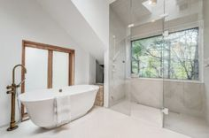 Love window in shower (as long as private view with tree cover).