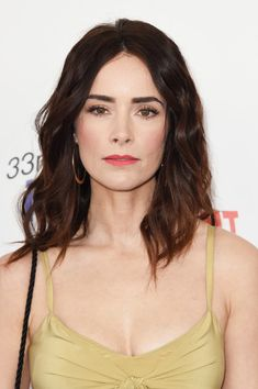 Abigail Spencer Photos - Actor Abigail Spencer attends the 2018 Film Independent Spirit Awards on March 2018 in Santa Monica, California. Abigail Spencer Hair, Amber Heard, Beautiful Celebrities, Girl Celebrities, Melania Trump, Hollywood Dress, Tattoo Photography, Spirit Awards, Black And Blonde