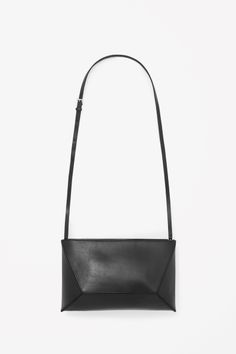 Structured leather bag