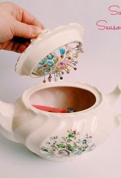 great idea: vintage teapot sewing caddy with hidden pincushion, crafts, how to, repurposing upcycling. try with japanese brass or tin tea pots! Notions De Couture, Fabric Crafts, Sewing Crafts, Sewing Caddy, Sewing Box, Hand Sewing, Sewing Hacks, Sewing Tips, Sewing Tutorials