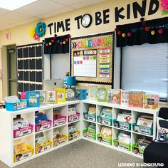 Classroom Tour Welcome to my classroom! I've changed some parts of… Classroom Tour Welcome to my classroom! I've changed some parts of my classroom this year and I have to say that. Kindergarten Classroom Setup, First Grade Classroom, New Classroom, Classroom Setting, Classroom Design, Classroom Libraries, Creative Classroom Ideas, Classroom Storage Ideas, Year 1 Classroom Layout