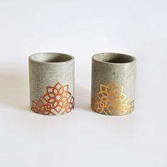 Vaso Liso de Cemento Pintado y hecho a Mano
