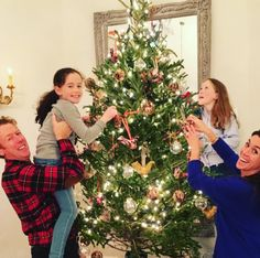 HGTV Canada's Sarah Richardson shares her favorite Christmas memories around decorating the tree with her husband and daughters