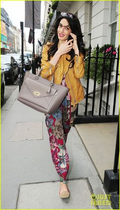 Amal Alamuddin Goes For a Fitting at Alexander McQueen: Photo Amal Alamuddin looks like she is full of joy after having a girls day out with her mom Baria on Wednesday (September in London, England. Amal Clooney, George Clooney, Grace Kelly, Audrey Hepburn, Madame, Vogue, Passion For Fashion, Boho Fashion, Celebrity Style
