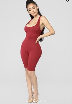 Swans Style is the top online fashion store for women. Shop sexy club dresses, jeans, shoes, bodysuits, skirts and more. Sexy Outfits, Cute Outfits, Fashion Outfits, Janet Guzman, Girl Fashion, Womens Fashion, Online Fashion Stores, Girls Jeans, Sexy Legs