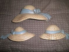 BURWOOD Products USA - Wall PLAQUES - SET OF 3 STRAW HATS - 1987