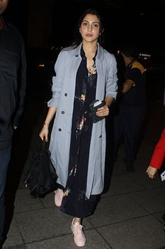 Your weekly dose of celebrity style inspiration. Indian Fashion Dresses, Girls Fashion Clothes, Indian Outfits, Fashion Outfits, Indian Celebrities, Bollywood Celebrities, Bollywood Fashion, Priyanka Chopra Wedding, Celebrity Casual Outfits
