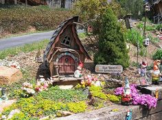 This is adorable!! A little house to go in the garden.