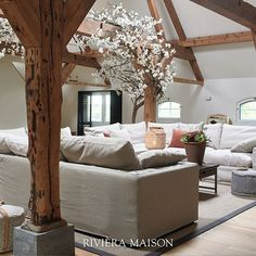 The Residenza Sofa is definitely the most comfiest one you could wish for! We just wanna sit here all day! 😍 This lovely home is from Miljuschka and her family.   #rivieramaison #miljuschka #collab #homeinspo #interieur #woonkamer #bank #interiorstyling Interior Styling, Interior Design, Unique Furniture, Sofa, Living Room, Inspiration, Home Decor, Farmhouse, Instagram