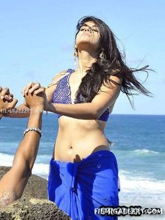 South indian Celebrities Unveil Midriff At forum.filmigallery.in