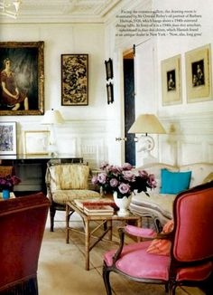 Paris apartment of Vogue's European editor-at-large, Hamish Bowles